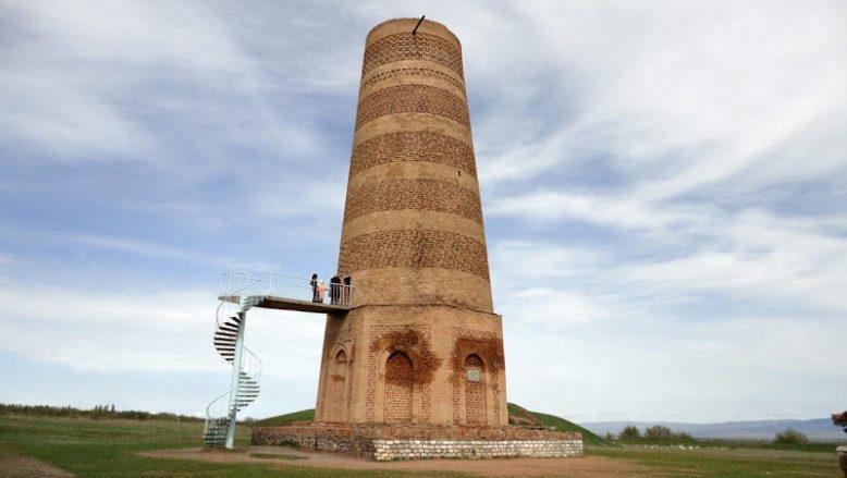 Что за древние башни показывают туристам 8