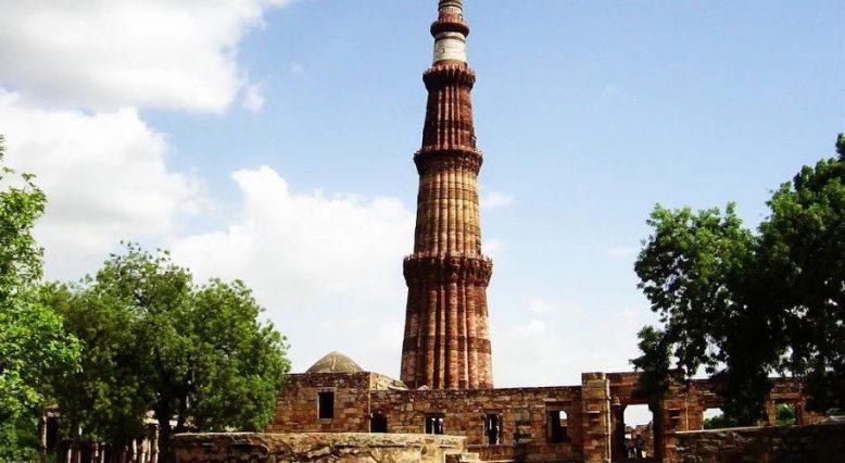 Что за древние башни показывают туристам 1