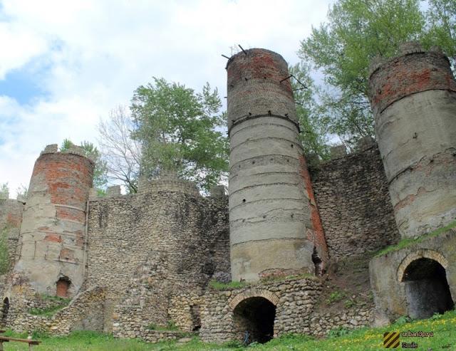 Что за древние башни показывают туристам 7