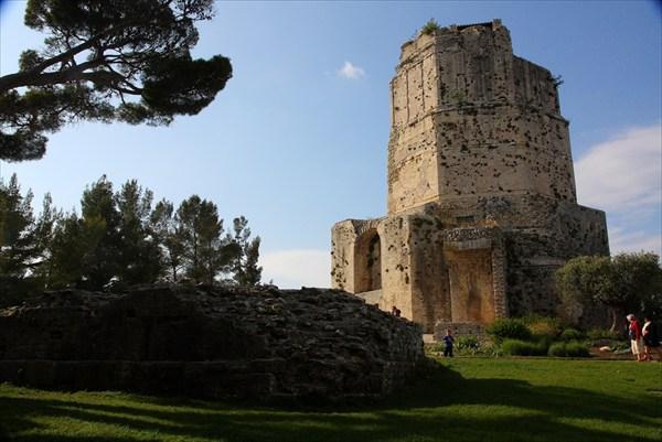 Что за древние башни показывают туристам 5