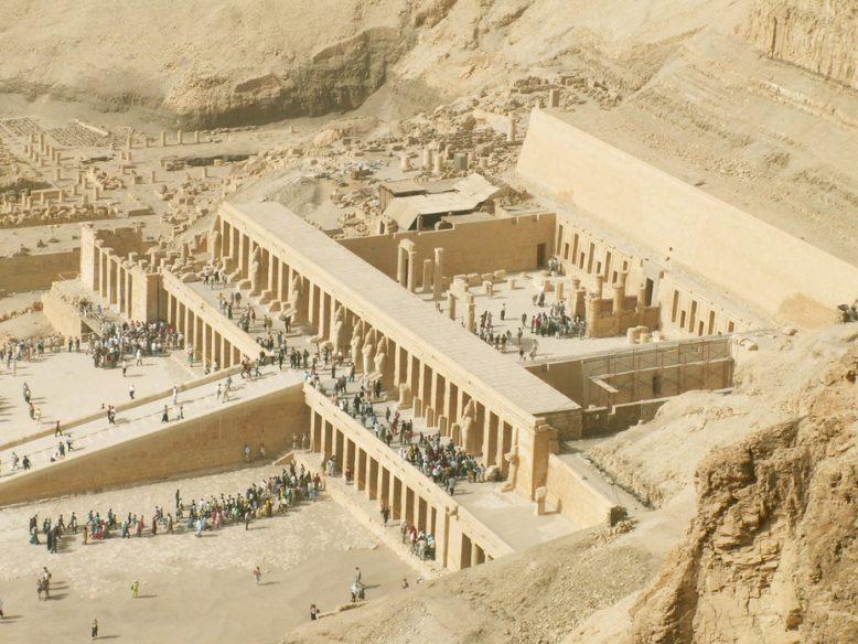Были ли фараонами женщины. Одна из них - Хатшепсут 2