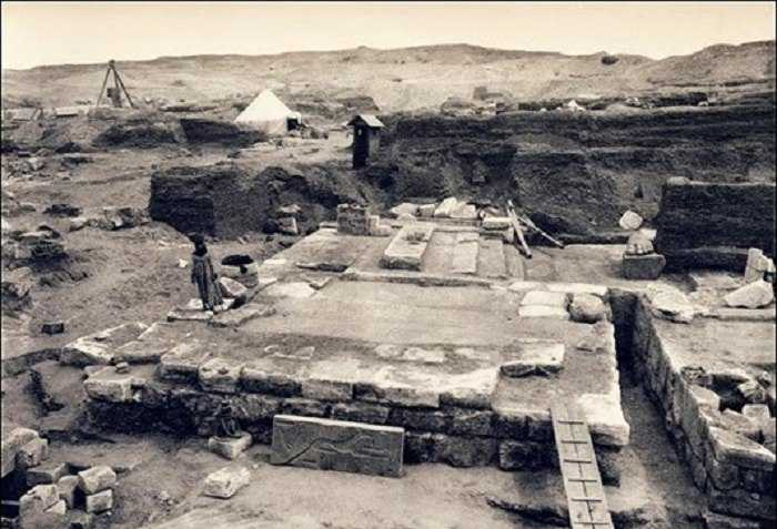 Фараон Псусеннес I , чья гробница столь же богата, как у Тутанхамона 1